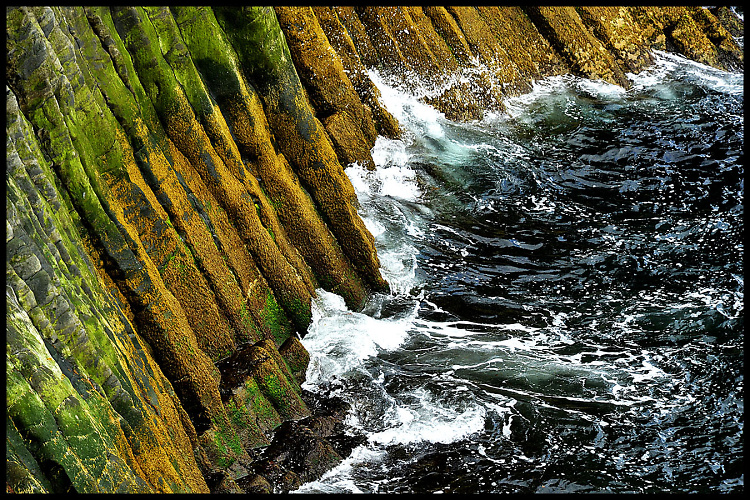 "<strong>271 Basalt columns Iceland</strong> (Excellent) <a style = ""color: red"" href = ""https://www.sneezingtrees.com/sites/welljudged/assessments/our-system-of-standards/"">(What does this mean?)</a>"