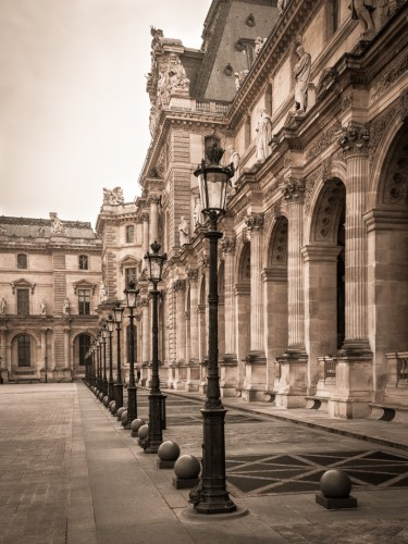 """<strong>Louvre</strong> (Competent) <a style = """"color: red"""" href = """"https://www.sneezingtrees.com/sites/welljudged/assessments/our-system-of-standards/"""">(What does this mean?)</a>"""